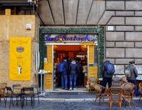 Berömt Sant Eustachio kafé i Rome, Italien Royaltyfri Bild