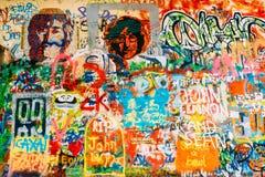 Berömt ställe i Prague - John Lennon Wall Arkivbilder