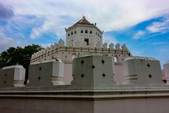 Berömt ställe i Thailand ( Phrasumen fort royaltyfria foton