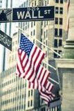 Berömt Wall Street tecken Fotografering för Bildbyråer