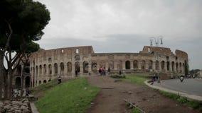 Berühmt das Colosseum in Rom, Italien stock video footage