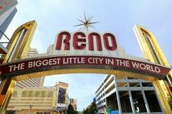 Berühmt unterzeichnen die größte kleine Stadt in der Welt vorbei Virginia-Straße in Reno, Nevada stockbilder