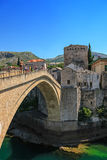 Berühmte alte Brücke in Mostar Stockbilder
