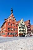 Berühmte alte romantische mittelalterliche Stadt Stockfotos