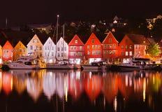 Berühmte Bryggen-Straße in Bergen - Norwegen Stockfotos
