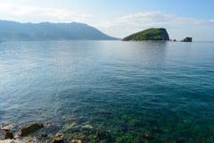 Berühmte Insel von Sveti Nikola in Budva Montenegro, adriatisches Meer, Europa Lizenzfreies Stockbild