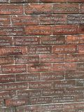 Berühmte Namen auf der Liverpool-Wand Stockfotos
