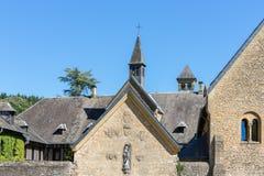 Berühmte Orval-Abtei auf Belgier die Ardennen Lizenzfreie Stockfotografie