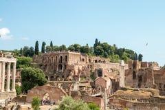 Berühmte römische Ruinen in Rom Stockbilder