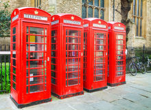 Berühmte rote Telefonzellen in London Lizenzfreie Stockfotografie