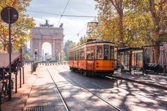 Berühmte Weinlesetram in Mailand, Lombardia, Italien Stockfotos