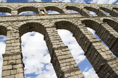 Berühmter Aquädukt Segobia in Spanien. Stockfotos