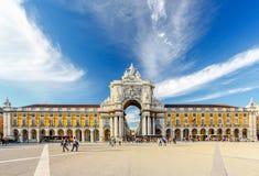 Berühmter Bogen beim Praca tun Comercio, Lissabon, Portugal Stockbild