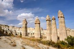 Berühmter Cappadocian-Markstein - Stein-` Phalli `, einzigartige Säulen des vulkanischen Felsens, Liebes-Tal, die Türkei, Europa Lizenzfreies Stockbild