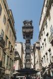 Berühmter Heilig-Gerechtigkeits-Santa Justa-Aufzug im historischen Stadtzentrum von Lissabon, Portugal Dient z.Z. als Ausblick fü lizenzfreie stockfotografie