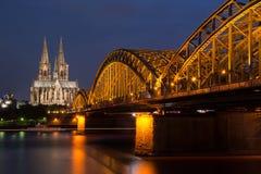Berühmter internationaler Grenzstein in Deutschland Lizenzfreie Stockfotos