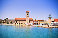 Mandraki Hafen, Rhodos, Griechenland Stockbilder