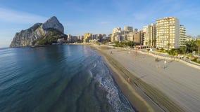 Berühmter Mittelmeererholungsort Calpe in Spanien/in ERSTAUNLICHEM VIDEO AUCH Lizenzfreie Stockbilder