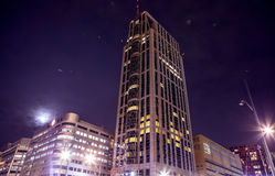 Berühmter Stadtanblick in der Nacht am 26. Dezember 2015 in Rotterdam - den Niederlanden Lizenzfreies Stockfoto
