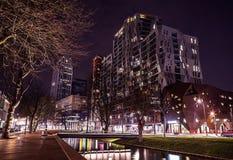 Berühmter Stadtanblick in der Nacht am 26. Dezember 2015 in Rotterdam - den Niederlanden Stockfoto
