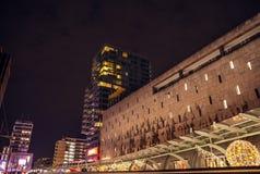 Berühmter Stadtanblick in der Nacht am 26. Dezember 2015 in Rotterdam - den Niederlanden Stockfotos