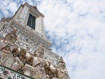 Berühmtes historisches Buddhismus stupa in WAT ARUN-Tempel, BANGKOK, THAILAND Stockfoto