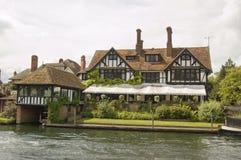 Berühmtheits-Haus des Sänger Vince Hügels, Berkshire Stockbilder