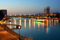 Ber Rhein/Базель ¼ cke à ¼ Novartis - Dreirosenbrà Стоковое Фото