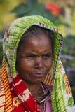 BERA, RAJASTHÁN, la INDIA, marzo de 2013, primer de la mujer local en Bera imágenes de archivo libres de regalías