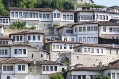 Berat tipico Albania Europa delle case Fotografia Stock Libera da Diritti