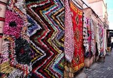 Berber dywany na pokazie w Marrakech, Maroko obraz stock