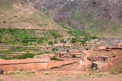 Berberby i kartbokberg, Marocko Royaltyfri Fotografi