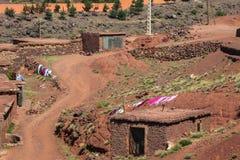 Berberby i kartbokberg, Marocko Fotografering för Bildbyråer