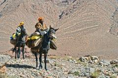 Berbers коренной народ к горам атласа Марокко Стоковые Фото