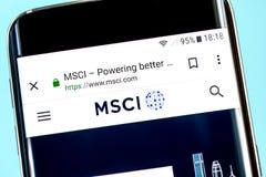 Berdyansk, de Oekraïne - 8 Juni 2019: MSCI-websitehomepage MSCI-embleem zichtbaar op het telefoonscherm, Illustratief Hoofdartike royalty-vrije stock foto's