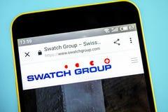 Berdyansk, Ucrania - 26 de mayo de 2019: Homepage de la página web de Swatch Group Logotipo de Swatch Group visible en la pantall fotos de archivo