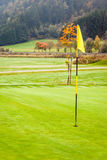 Bereich auf Recht, Text für Golfausflüge oder -reklameanzeigen hinzuzufügen stockbilder