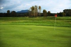 Bereich auf Recht, Text für Golfausflüge oder -reklameanzeigen hinzuzufügen Stockfotos