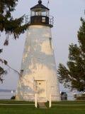 Übereinstimmung-Punkt-Leuchtturm in den Schatten des Sonnenuntergangs Lizenzfreie Stockfotografie