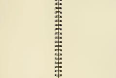Bereiten Sie Papiernotizbuch öffnen zwei Seiten auf Lizenzfreies Stockbild
