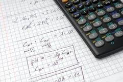 Berekening en calculator royalty-vrije stock afbeelding