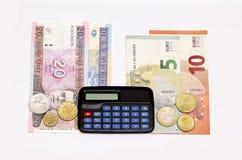 berekent de omschakelings euro uitwisseling 2015 de muntstukkenbankbiljetten januari van litaslits van Litouwen Royalty-vrije Stock Foto