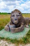 Berendeyevo, Moskwa region, Rosja, 26 2014 Lipiec, lato krajobraz z bajecznie rzeźbionymi zwierzętami Jawny park obok Obraz Royalty Free