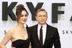 Berenice Marlohe et Daniel Craig Images stock