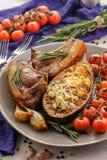 Berenjenas cocidas con la carne asada imagen de archivo libre de regalías