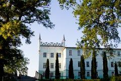 Berezhany, de Oekraïne - Mei 17 Belokrynytsky-Paleis - een gebouw in het dorp Bilokrynytsia wordt gevestigd die Stock Foto
