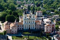 Berezhany, Ucrânia - 17 de maio vista da cidade de um voo do pássaro s Fotografia de Stock Royalty Free