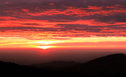 berg över soluppgång Arkivbilder