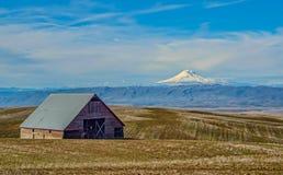 Berg Adams an einem Vorfrühlings-Tag Lizenzfreie Stockfotos