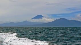 Berg Agung auf Bali in Indonesien Stockfotografie